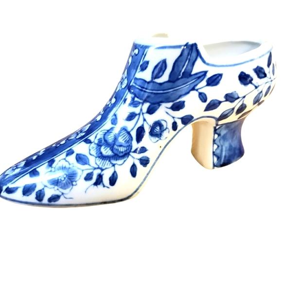 Ceramic Shoe Floral pattern Accent Decor
